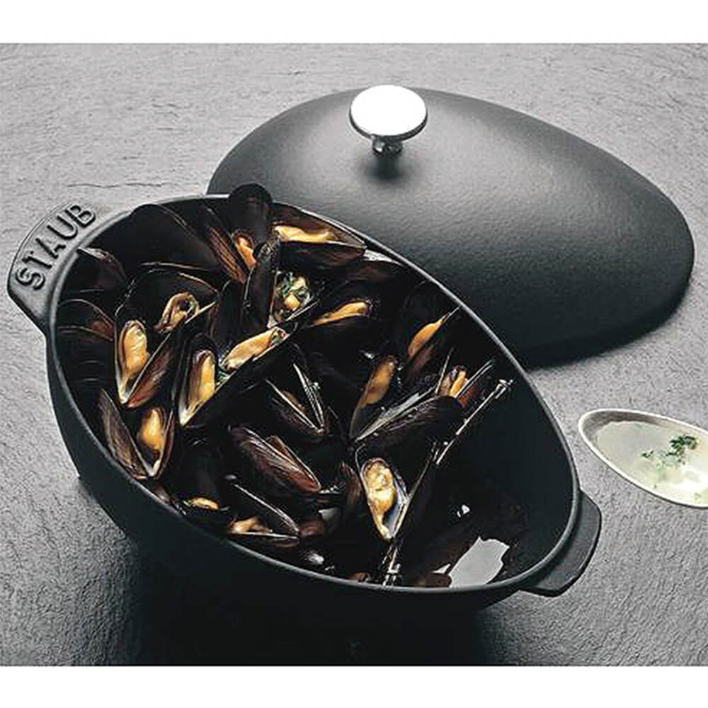 Black Matte, 2 Qt Cast Iron Mussel Pot With Knob View 2